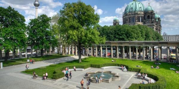 Avio Karta Berlin.Berlin U Avgustu 4 Dana Avio I Hotel Od 255 Eur