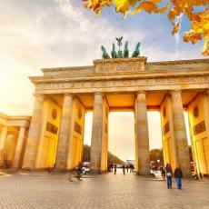 BERLIN - 4 DANA U NOVEMBRU: AVIO I HOTEL OD 305 EUR!