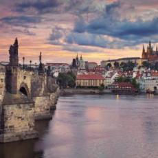 PRAG U MARTU - 4 DANA:  AVIO I HOTEL OD 250 EUR!