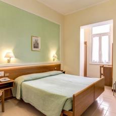 HOTEL IGEA 3*, Rim