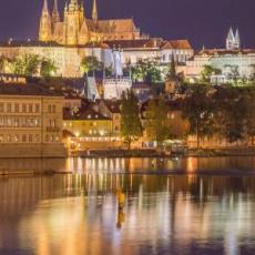 PRAG U NOVEMBRU:  AVIO KARTA I HOTEL OD 195 EUR!