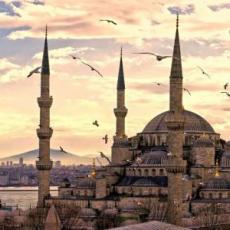 ISTANBUL - DAN ZALJUBLJENIH: AVIO I HOTEL OD 190 EUR!